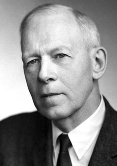 """Robert S. Mulliken, The Nobel Prize in Chemistry 1966: """"for his fundamental work concerning chemical bonds and the electronic structure of molecules by the molecular orbital method"""", chemical bonding, theoretical chemistry"""