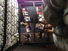 Hang pictures on twine at the end of your bunk bed! Perfect for dorm roomiez. LOLZ