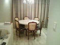 Móveis Resinados: Mesa  de jantar resinada