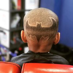 #batman #jerseyclippers @dacreatorworkss #jerseycity #jersey #jerseycitynj #national_barbers_association #barbershopconnect #barbershopflow #barbershopplug #sharpfade #nastybarber #officialbarberclub #barbershopinctv #haircut