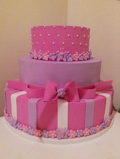 Daniela Bolos birthday cake for year Bolo Artificial, Bolo Fake Eva, Bolo Fack, Dummy Cake, Girly Cakes, Sweet 16 Cakes, 18th Birthday Cake, Fake Cake, Ballerina Cakes