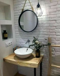 √the women's project is great for your modern bathroom or vintage to look amazing and unique 45 Bathroom Interior, Tiny House Bathroom, Bathroom Mirror, Small Space Interior Design, Modern Bathroom, Bathroom Trends, Bathroom, Rustic Bathrooms, Home Decor