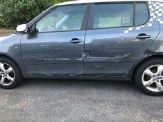 #Témoignages - #Témoins  Peut être avez-vous vu qui a embouti cette #voiture.   Selon un #témoin, l'#accident se serait produit hier aux environs de 21h.  La voiture : une #Audi A1 blanche au toit noir qui roulait à vive allure, Avenue Mutsaard à hauteur du Numero 75-77, (à 1020 Laeken) a perdu le contrôle de son véhicule et a amortis sa chute dans ce voiture!!!   Si vous avez été témoin, avez vu, entendu ou même si vous croisez une Audi A1 blanche au toit noir avec un côté #défoncé
