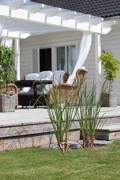 Have a nice day!valkommenhem Have a nice day! Outdoor Rooms, Outdoor Gardens, Outdoor Living, Outdoor Decor, Scandinavian Garden, Back Patio, Garden Inspiration, Interior Inspiration, Backyard Landscaping