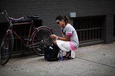 Straatportretten van hippe goed geklede mensen wereldwijd
