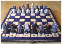 Dr Who chess set