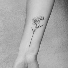 wrist tattoo girls - List of the most beautiful tattoo models Jasmine Flower Tattoos, Orchid Flower Tattoos, Pretty Flower Tattoos, Flower Wrist Tattoos, Small Flower Tattoos, Mini Tattoos, Cute Tattoos, Body Art Tattoos, Sleeve Tattoos