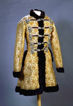 Fancy Dress (Russian Model of 17th century): caftan. Fancy Dresses for the Winter Palace Ball in 1903 celebrating the Romanov's Dynasty Anniversary, St Petersburg, Russia, 1903. Brocade, fur, velvet, satin, metal twisted cords;; sewing, embroidery. Caftan Length 91 cm.