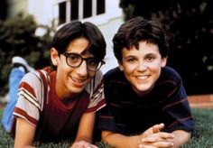 The Wonder Years http://www.endedtvseries.com/years/  Kevin Arnold-Fred Savage and Paul Pfeiffer-Josh Saviano