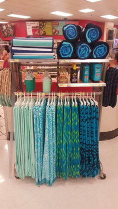 Clothing Store Displays, Merchandising Ideas, Home Goods Store, Golf Shop, Target Style, Marshalls, Store Design, Target Fashion, Tj Maxx