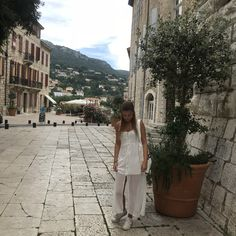 #Whitedress #converse #summer #france Converse, Around The Worlds, France, Summer, Inspiration, Instagram, Biblical Inspiration, Summer Time, Summer Recipes