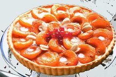 Apricot , almond pie .
