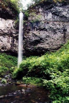 Niagara Falls Hike - Hiking in Portland, Oregon and Washington