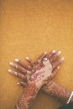 Beautiful Henna Designs: 20 stunning Mehndi Tattoos