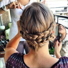 Las trenzas de Marieta HairStyle #boda #peinadoscontrenzas #peinados #trenzas