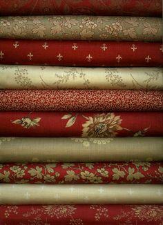 Burgundy Floral Paisley Fabric-100/% Cotton 6 Fat Quarters Bundle Brown