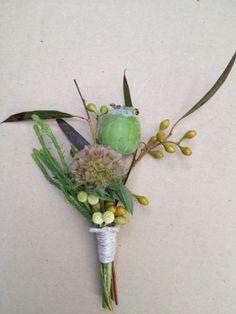 Poppy pod with nigella pod and eucalyptus.@Lucy Kemp's Informalflowers