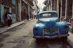 Havana old blue car
