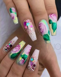 Follow @ ᏦᏞᎪᏠᏟᎦᎽ #nails #nailart #naildesigns - credits to the artist