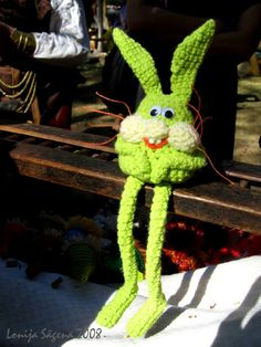 Crochet hare 2008 by Lonija Sagena. For more visit http://www.lofonsa.blogspot.com/p/zaki.html