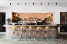 Buena Vista Hotel in Mosman, Australia / SJB Interiors & Tess Regan Design Design Café, Design Studio, Cafe Design, Milan Design, Modern Design, Design Ideas, Cafe Bar, Cafe Restaurant, Restaurant Design