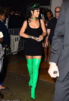 No coat, no problem: After the BBHMM gig, she returned backstage...