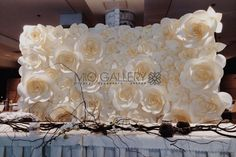 Giant Paper Flowers by Mio Gallery. Wonderful paper flower wedding backdrop !
