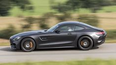 Track test: which is the best Mercedes-AMG GT? Mercedes Amg Gt S, Performance Exhaust, Small Cars, Twin Turbo, Dream Cars, Grey Paint, Convertible, Innovation, Luxury Cars