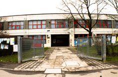 Ingresso scuole Dozza Bologna