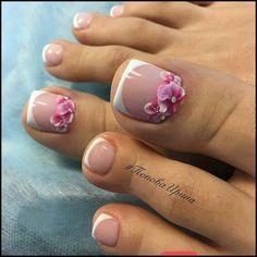 Manicure e pedicure, french pedicure, pedicure designs, toe nail designs, p Pretty Toe Nails, Cute Toe Nails, My Nails, Pedicure Nail Art, Toe Nail Art, Pedicure Ideas, Nail Ideas, Summer Toe Nails, Feet Nails