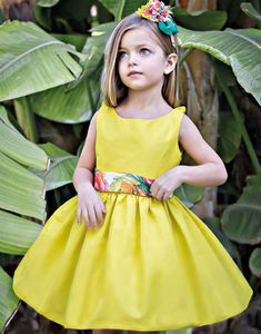 Dress For Girl Child, Baby Girl Dresses, Flower Girl Dresses, Baby Girl Fashion, Kids Fashion, Trendy Baby Clothes, Baby Clothes Patterns, Amelia Dress, Cute Little Girls