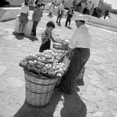 Greece Art, Paros Greece, Athens Greece, Vintage Pictures, Old Pictures, Old Photos, Myconos, Greece Pictures, Greece Photography