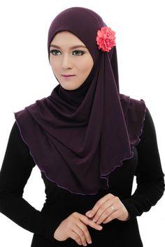 Emma Khairuddin, hijabs designers