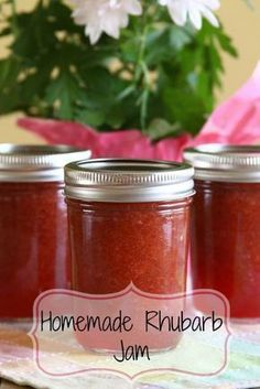 Homemade Rhubarb Jam - This tart rhubarb jam is perfect with scones or biscuits, and even better tucked inside a jam tart or rhubarb fool. Click through for recipe! Jelly Recipes, Fruit Recipes, Drink Recipes, Beef Recipes, Recipies, Dinner Recipes, Cobbler, Rhubarb Freezer Jam, Rhubarb Jam Recipes Canning