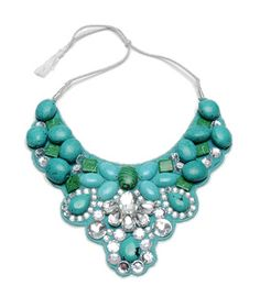 Still love a great bib necklace. This color combination makes me happy. i pair a turquoise or teal accent with so many outfits.