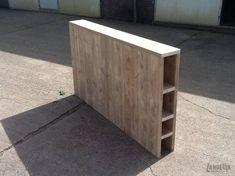 Rustic Headboard with storage. Diy Storage Headboard, Bookshelf Headboard, Headboards For Beds, Headboards With Storage, Diy Bed Headboard, Scaffolding Wood, Diy Bett, Diy Rangement, Home Bedroom