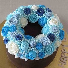 Cake Wrecks - Home - Sunday Sweets Isn't Ready For Fall,Y'all - All buttercream wreath
