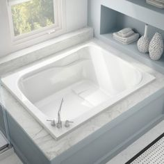 Bathroom Master Tub Shelves Ideas For 2019 Large Bathtubs, Big Tub, Large Tub, Bath Tub For Two, Steam Showers Bathroom, Bathroom Tubs, Bath Tubs, Jacuzzi Bath, Ideas