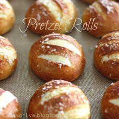 Normal Recipe: 10 Easy Bread Recipe mmmmm....gluuutennnnn, how i love thee..