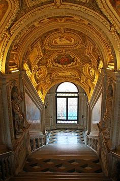 Beautiful Places...The Doge's Palace, Palazzo Ducale, Venice, Italy, photo by Esther Moved to Ipernity via Flickr.