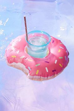 Shop Donut Cup Holder Pool Float Set at Urban Outfitters today. We carry all the latest styles, colors and brands for you to choose from right here. Floats Drinks, Pool Floats, Floating Cup Holder, Bliss, Flamingo Pool, Donuts, Cool Pools, Summer Fun, Summer Vibes