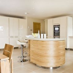 Be inspired by this glossy cream kitchen Home Depot, Kitchen Island Shapes, Beautiful Kitchens, Ideal Home, Kitchen Design, Kitchen Ideas, House Tours, Home Kitchens, Home Appliances