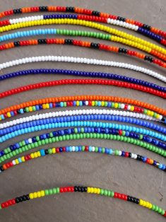 beaded ankle braceletsankletScrew on ankletsWater Seed Bead Bracelets, Ankle Bracelets, Pulseras Kandi, Diy Accessoires, Diy Crafts Jewelry, Beaded Anklets, Beaded Jewelry Patterns, Bijoux Diy, Bead Jewellery