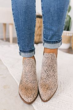 Women Boots Thigh High Snake Print Boots High Thigh High Boots New Style Boots 2018 Bohemian Boots Shop Online Ankle Boots, Knee High Boots, Shoe Boots, Women's Boots, Boho Boutique, Boutique Clothing, Baby Converse, Sports Shoes For Girls, Girls Shoes