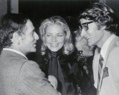 Пьер Карден с американской актрисой Лорин Бэколл и дизайнером Ив Сен-Лораном. 1968 год
