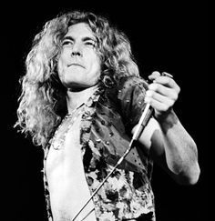 Led Zeppelin Iv, Robert Plant Led Zeppelin, Jimmy Page, Robert Plant Young, Cool Bands, Rock N Roll, Singer, Long Live, Blessings