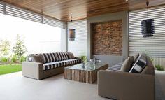 Alfresco || Ceiling and windows