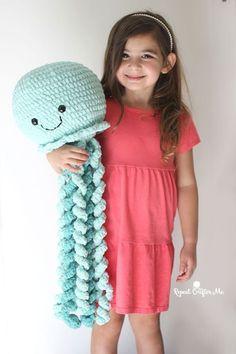 Mesmerizing Crochet an Amigurumi Rabbit Ideas. Lovely Crochet an Amigurumi Rabbit Ideas. Octopus Crochet Pattern, Crochet Animal Patterns, Crochet Patterns Amigurumi, Crochet Animals, Crochet Dolls, Crochet Yarn, Crochet Fish, Crochet Puff Flower, Cute Crochet