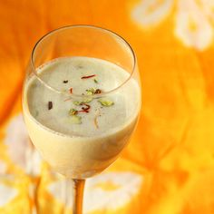 Thandai is an Indian spiced almond milk served during the festival of Holi. Creamy and refreshing, this is vegan and gluten free Indian Dessert Recipes, Vegan Dessert Recipes, Vegan Sweets, Indian Recipes, Samosas, Coconut Milk Yogurt, Almond Milk, Holi Recipes, Sherbet Recipes