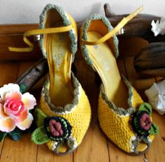 Two Lips Crocheted Yellow Wedge Shoe with darling crocheted Flowers Size 6 1/2    Give your wardrobe a bright boost of style in vintage wedges from Two Lips.    Signify that everything is fine and dandy when you head downtown in these fun lemon platform wedge heels Everyone will notice that nothing can get you down today, for these shoes' breezy crocheted construction and charismatic flower are a sure thing!